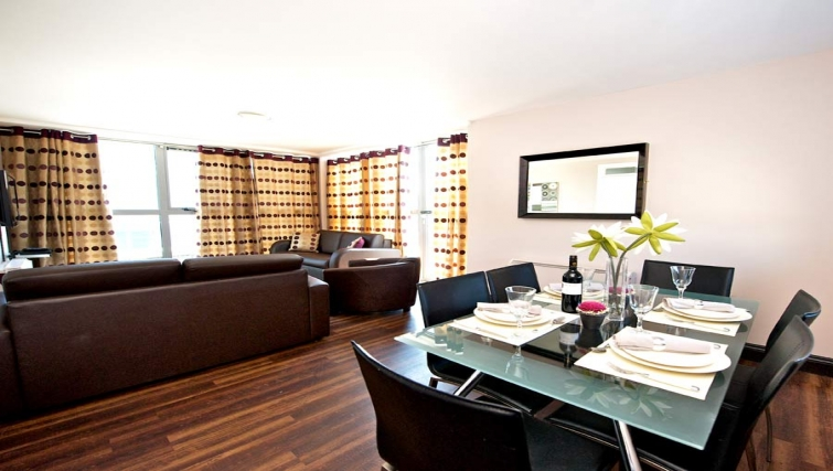 Overwhelming dining area in Staycity Dublin Millennium Walk - Citybase Apartments
