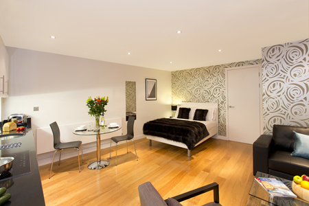 Spacious studio at SACO St Pauls - Red Lion Court - Citybase Apartments