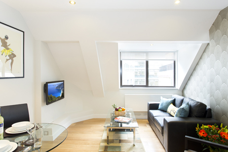 Bright living area at SACO St Pauls - Red Lion Court - Citybase Apartments