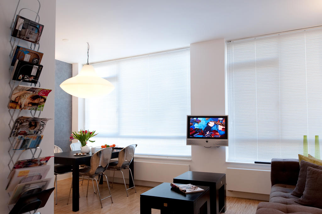 Living room at Cocoon Apartment, Centre, Rotterdam - Citybase Apartments
