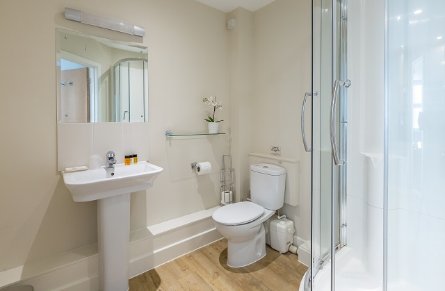 Bathroom at Central House - Citybase Apartments