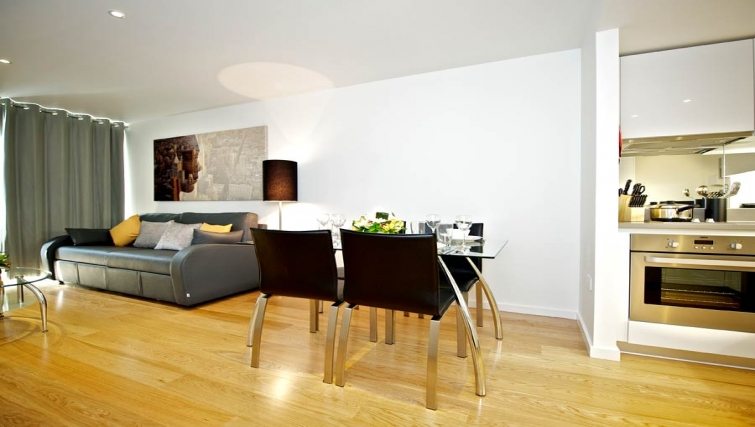 Outstanding living area in Staycity London Heathrow - Citybase Apartments