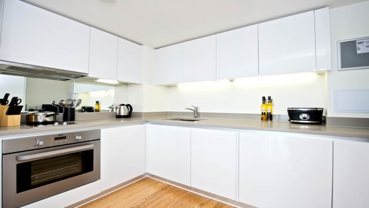 Comfortable kitchen in Staycity London Heathrow - Citybase Apartments