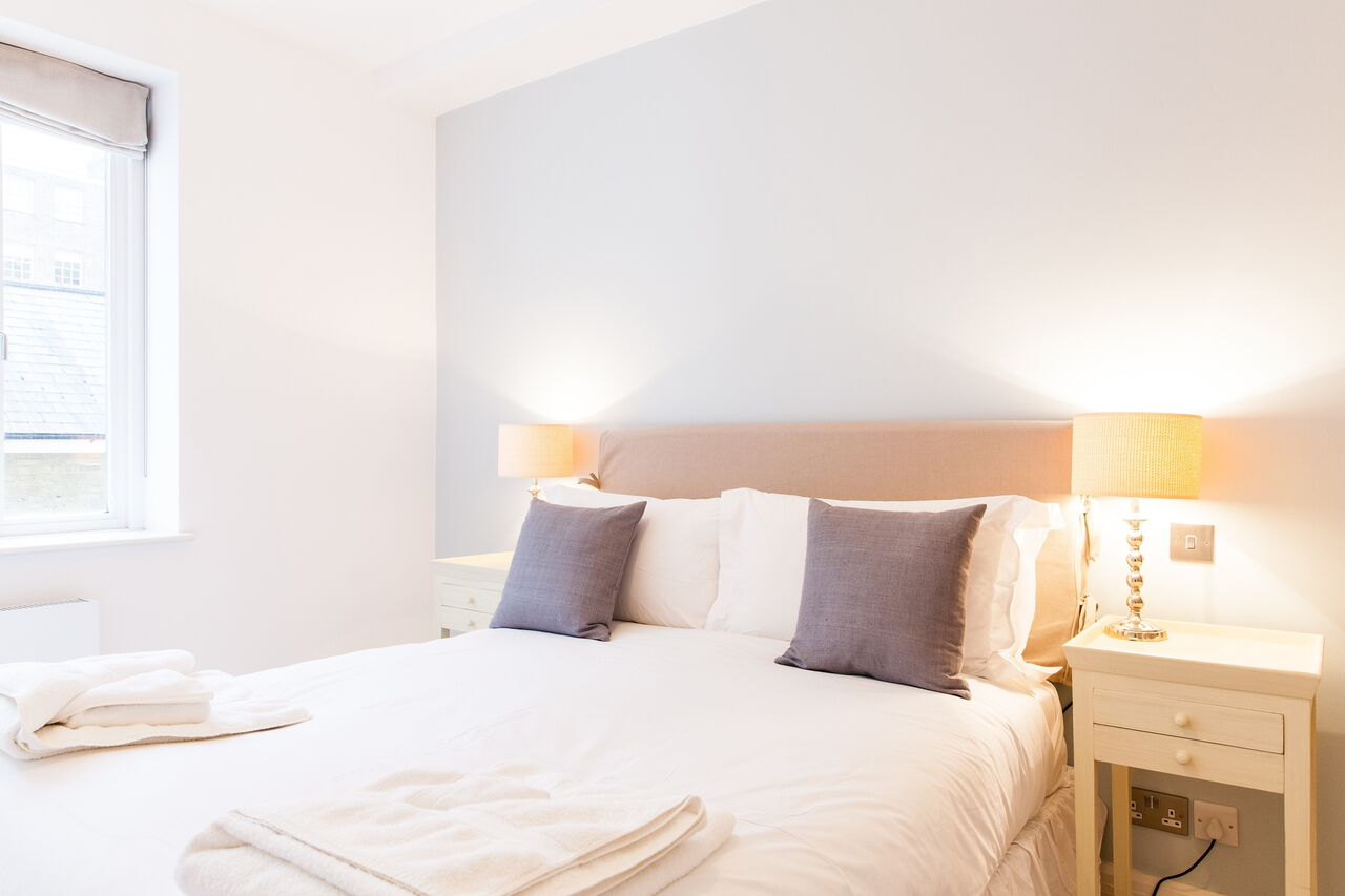 Double bedroom at Red Lion Street Apartments - Citybase Apartments