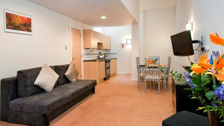 Open plan living room in Bayswater - Citybase Apartments