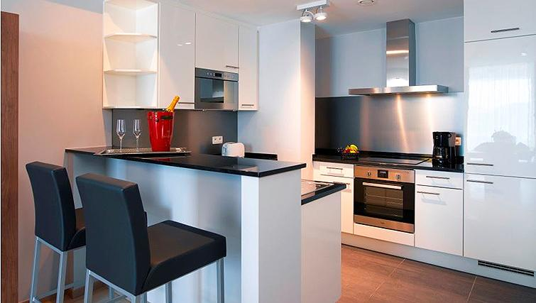 Fully equipped kitchen at Thon Residence Florence - Citybase Apartments