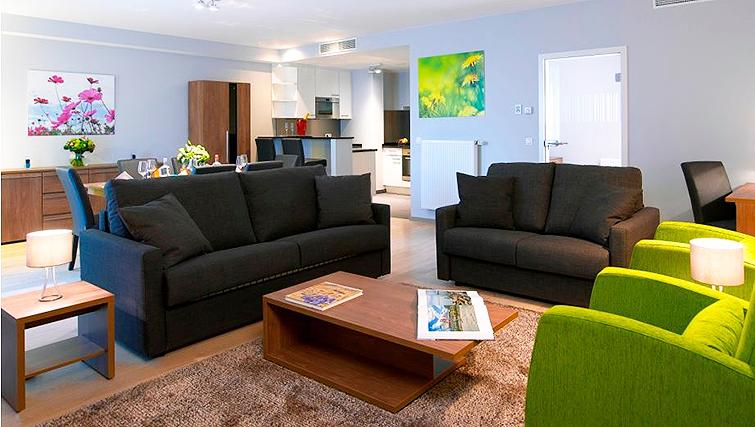 Living area at Thon Residence Florence - Citybase Apartments