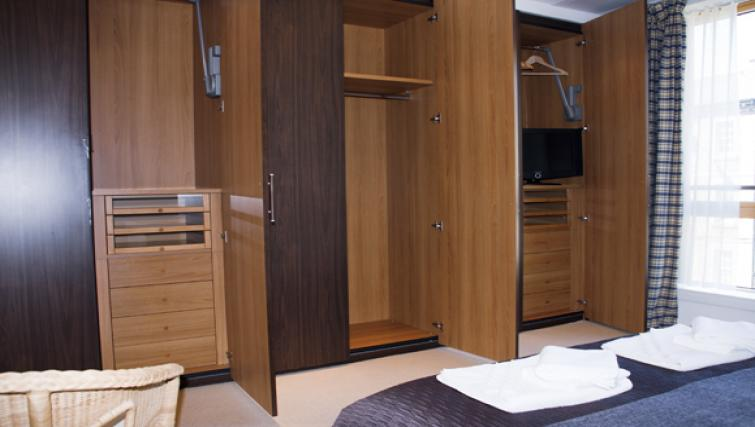 Wardrobes at Exchange Apartments - Citybase Apartments