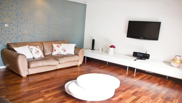 Living room at Exchange Apartments - Citybase Apartments