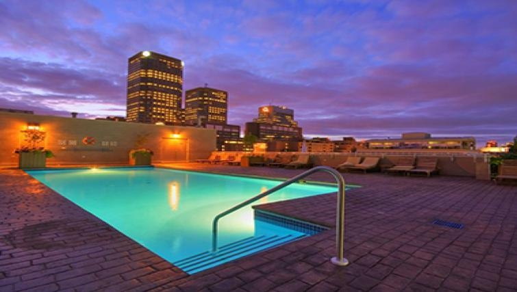 Spectacular pool in Le 1009 Apartments - Citybase Apartments