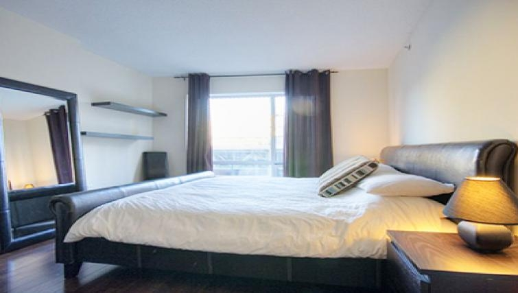 Bright bedroom in Le 1009 Apartments - Citybase Apartments