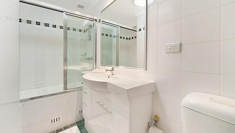 Pristine bathroom in Astra Sydney CBD Windsor on Kent - Citybase Apartments