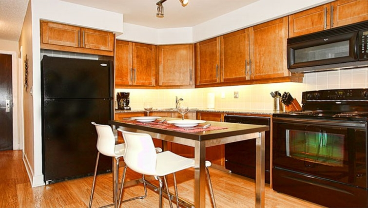 Ideal kitchen in 20 Blue Jays Way - Citybase Apartments