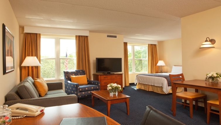 Multifunctional living area in Residence Inn Boston Woburn - Citybase Apartments