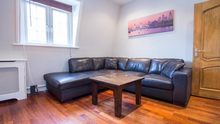 Living area at Castletown House - Citybase Apartments