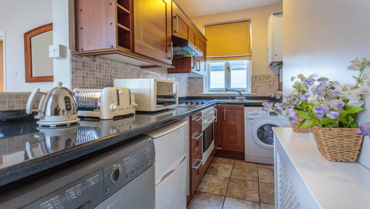 Equipped kitchen at Castletown House - Citybase Apartments