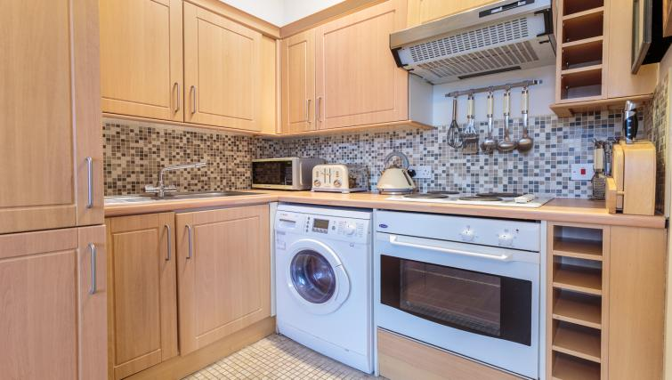 Kitchen facilities at Castletown House - Citybase Apartments