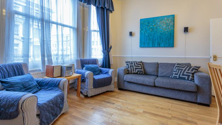 Bright living area at Castletown House - Citybase Apartments