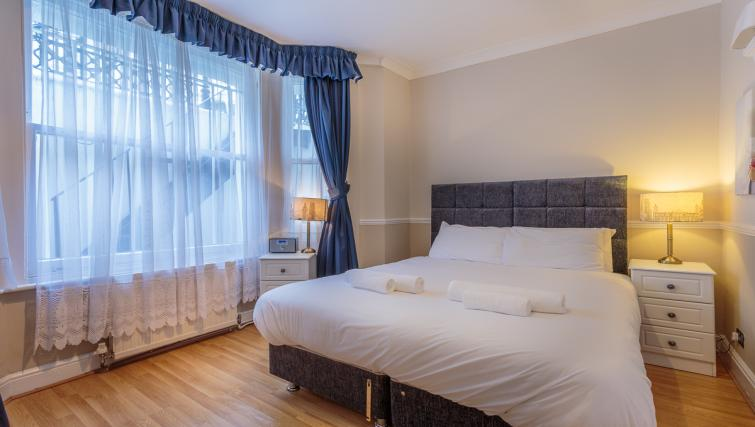 Double bedroom at Castletown House - Citybase Apartments