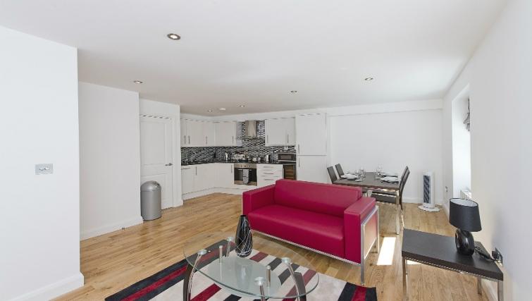 Spacious living area in Native London Bridge Apartments - Citybase Apartments