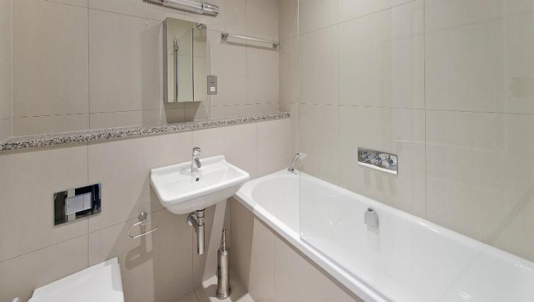 Pristine bathroom in Native London Bridge Apartments - Citybase Apartments