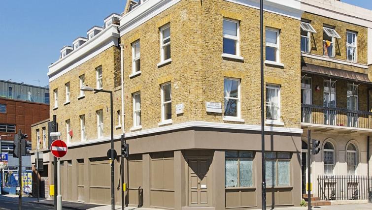 Inviting exterior of Native London Bridge Apartments - Citybase Apartments