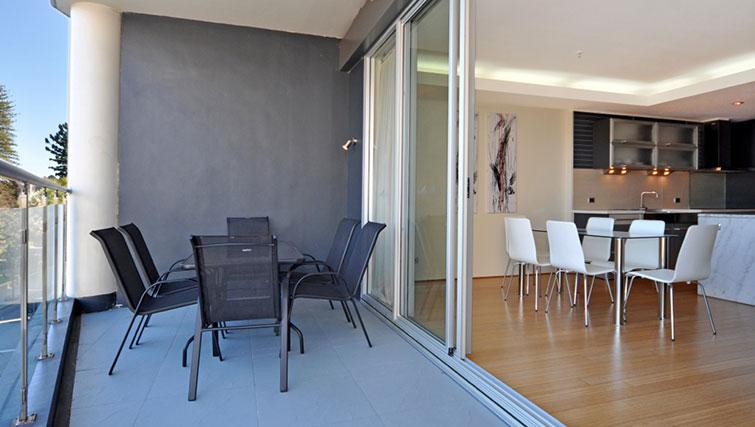 Private balcony in Astra Perth CBD St Georges Terrace - Citybase Apartments