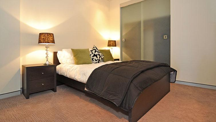 Double bedroom at Astra Perth CBD St Georges Terrace - Citybase Apartments