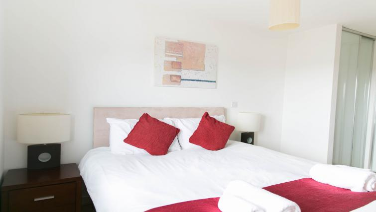Stylish bedroom at Park Heights Woking Apartments - Citybase Apartments