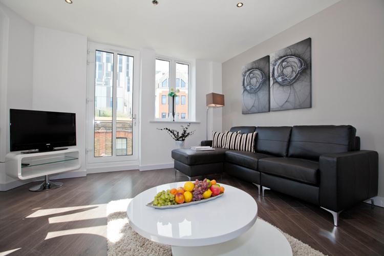 TV at One Whites Row Apartments, Liverpool Street, London - Citybase Apartments