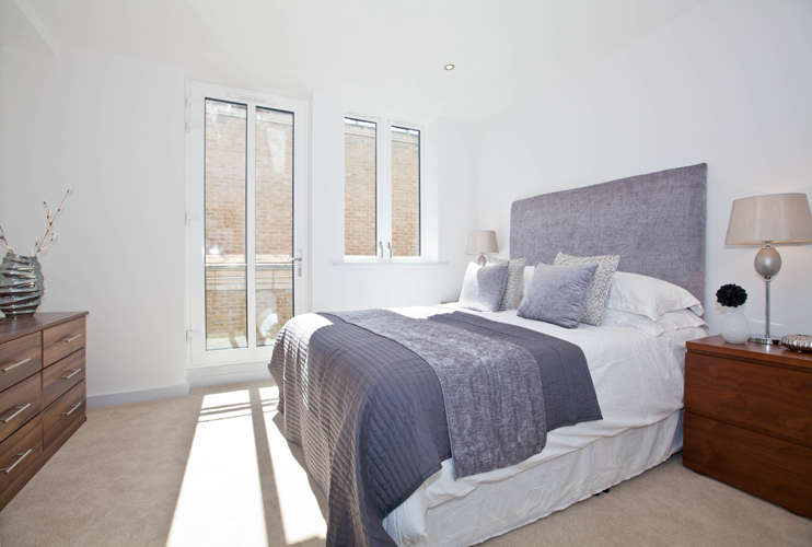 Bed at One Whites Row Apartments, Liverpool Street, London - Citybase Apartments