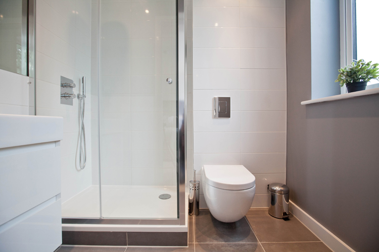 Shower at One Whites Row Apartments, Liverpool Street, London - Citybase Apartments
