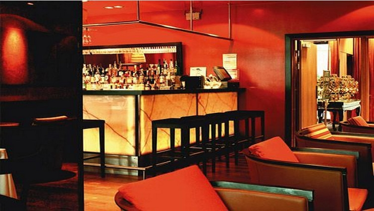 Memorable bar at Adina Apartment Hotel Copenhagen - Citybase Apartments