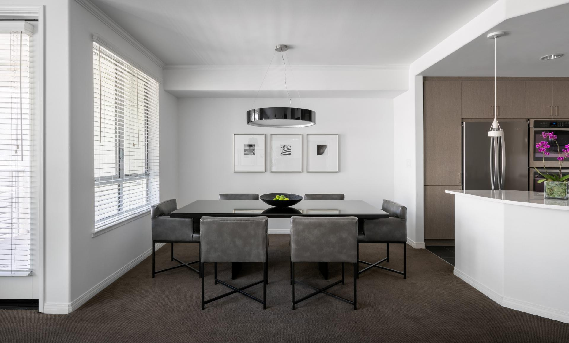 Dining area of AKA Beverly Hills - Citybase Apartments