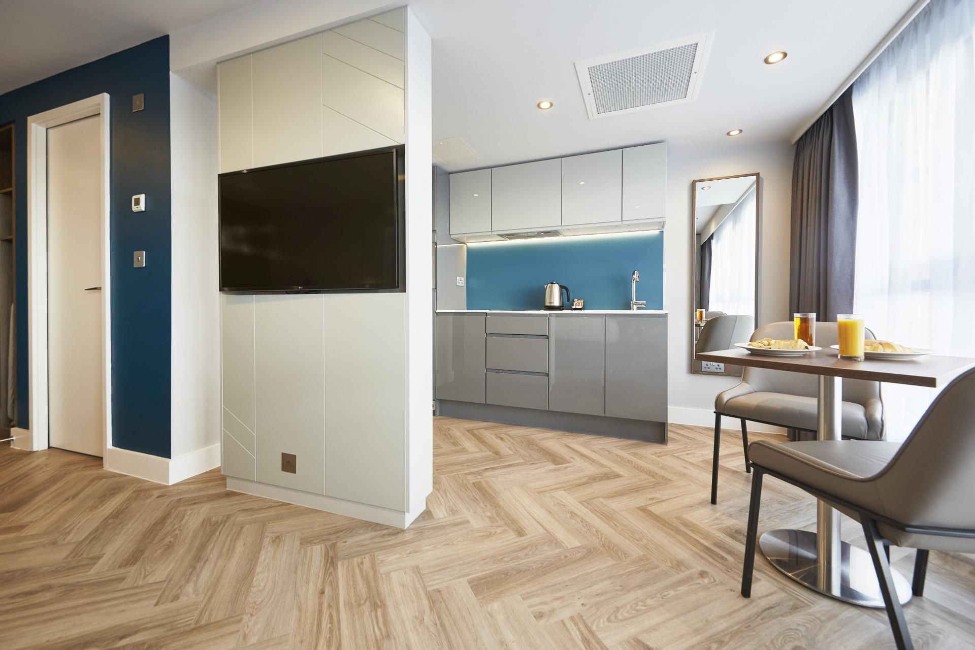 Dezign studio at Roomzzz Newcastle City Apartments - Citybase Apartments