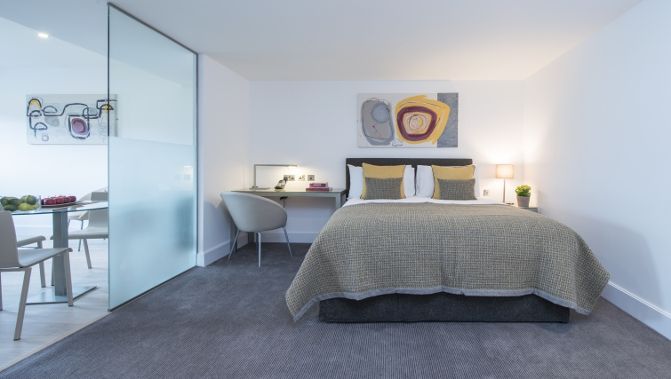 Attractive bedroom in The Rosebery Aparthotel - Citybase Apartments
