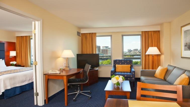 Bright living area in Residence Inn Boston Harbor on Tudor Wharf - Citybase Apartments