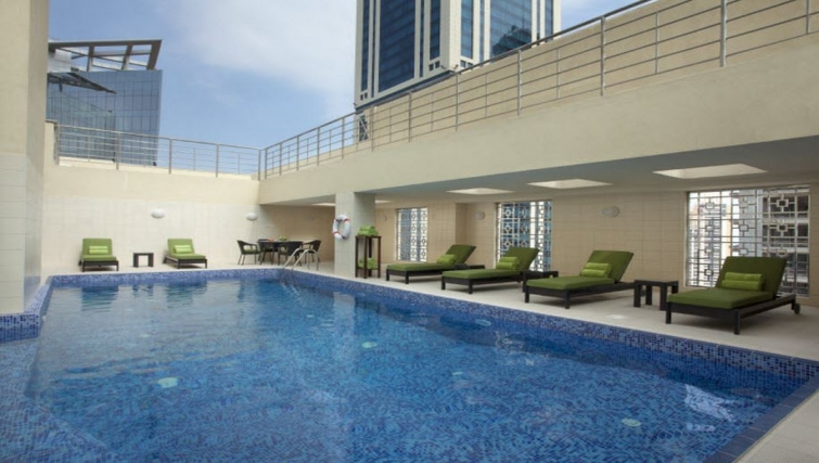 Gorgeous pool in Hyatt Residence Doha West Bay - Citybase Apartments