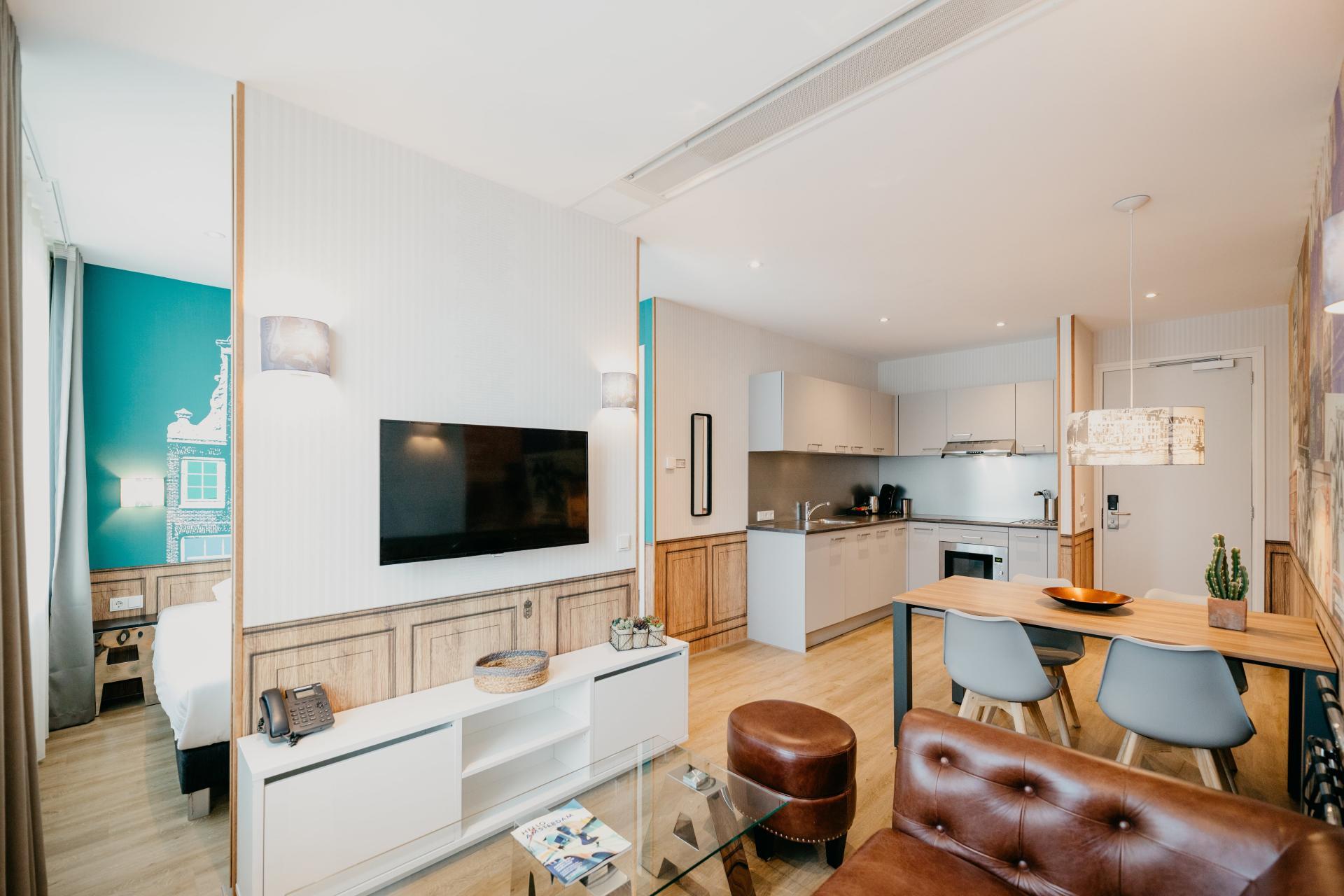 TV at Amsterdam ID Aparthotel, Sloterdijk, Amsterdam - Citybase Apartments
