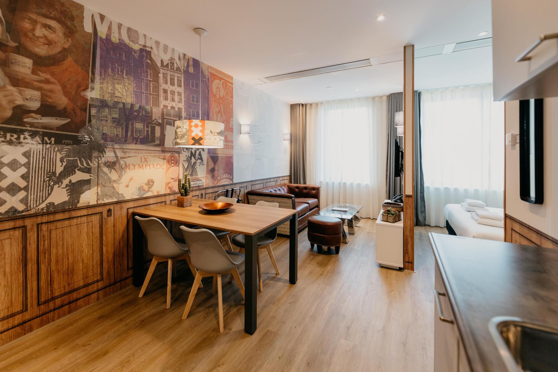 Dining area at Amsterdam ID Aparthotel, Sloterdijk, Amsterdam - Citybase Apartments
