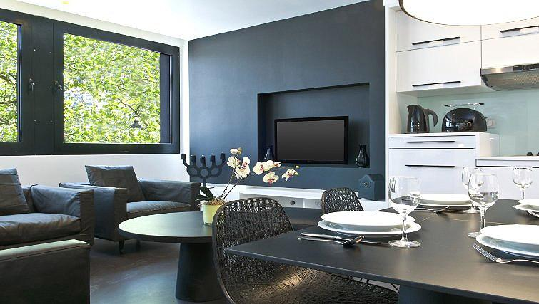 Contemporary living area in B-aparthotel Regent - Citybase Apartments