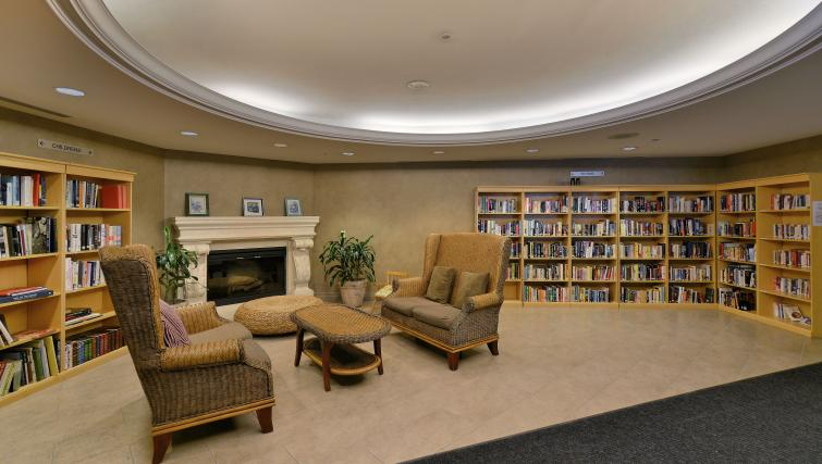 Library at Forest Vista Apartments - Citybase Apartments
