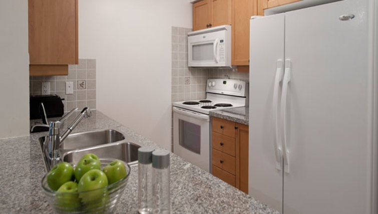 Ideal kitchen in Meridian Apartments - Citybase Apartments