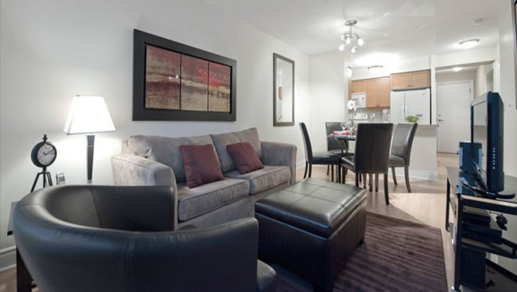 Attractive living area in Meridian Apartments - Citybase Apartments