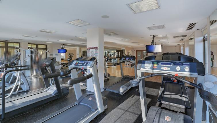 Gym at Avondale Apartments - Citybase Apartments