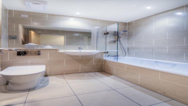 Bathroom at Holyrood Aparthotel - Citybase Apartments
