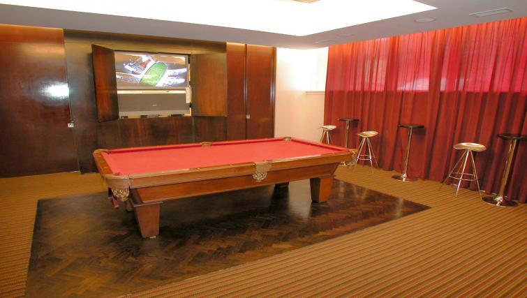 Billiards room in Icon Apartments - Citybase Apartments
