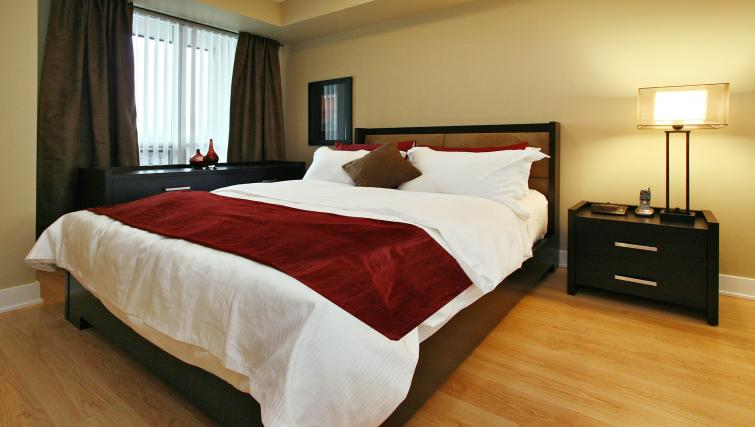 Bed at Element Apartments - Citybase Apartments