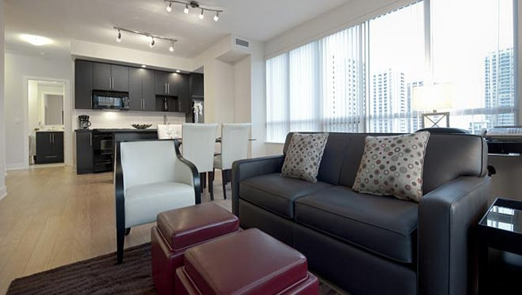 Modern living area in James Cooper Mansion Apartments - Citybase Apartments