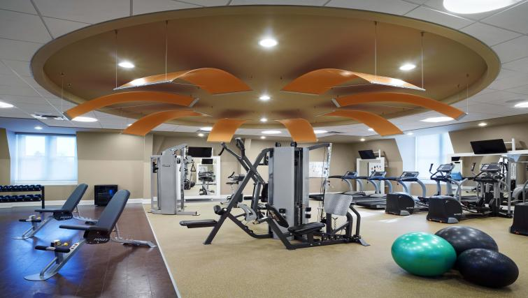 Gym in James Cooper Mansion Apartments - Citybase Apartments